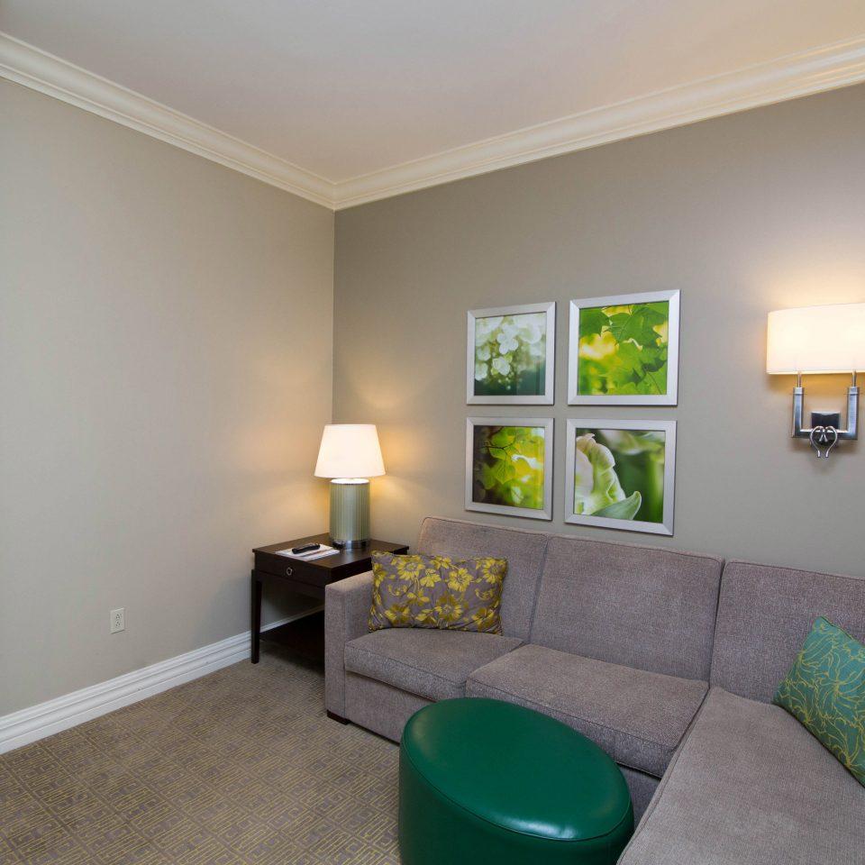 property green living room Bedroom home hardwood cottage condominium
