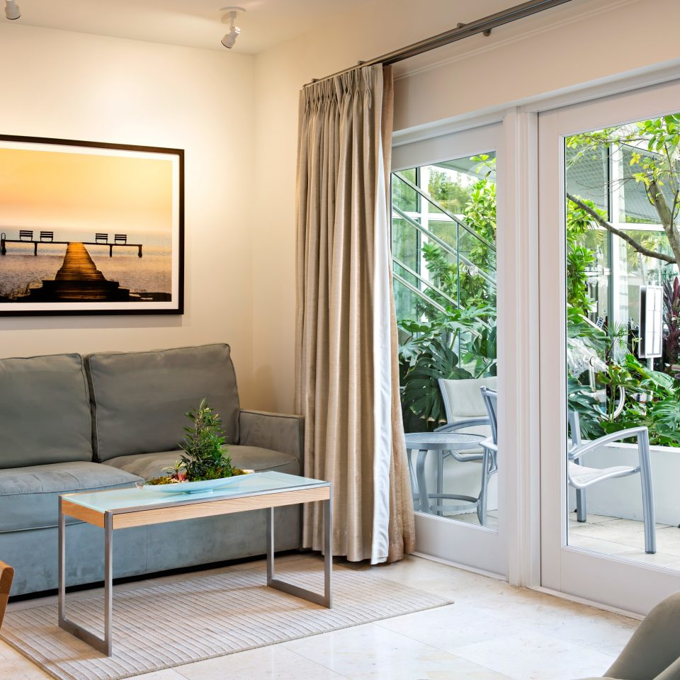 property living room home Bedroom cottage condominium leather