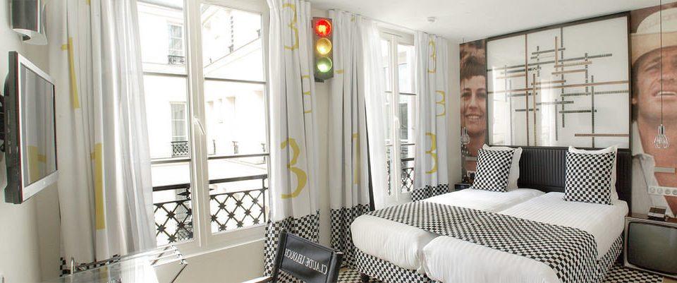 property home condominium cottage living room seat Bedroom sofa