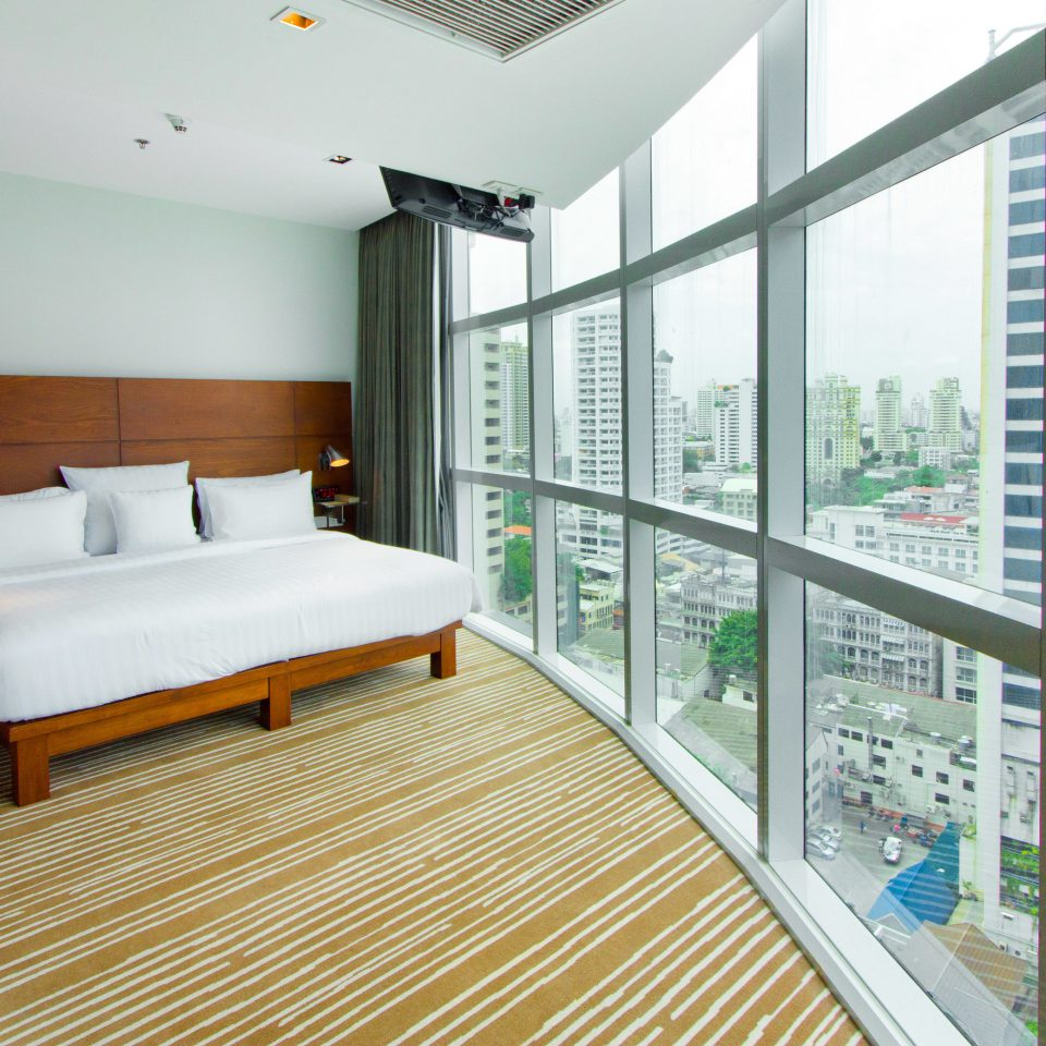 property condominium home daylighting Bedroom