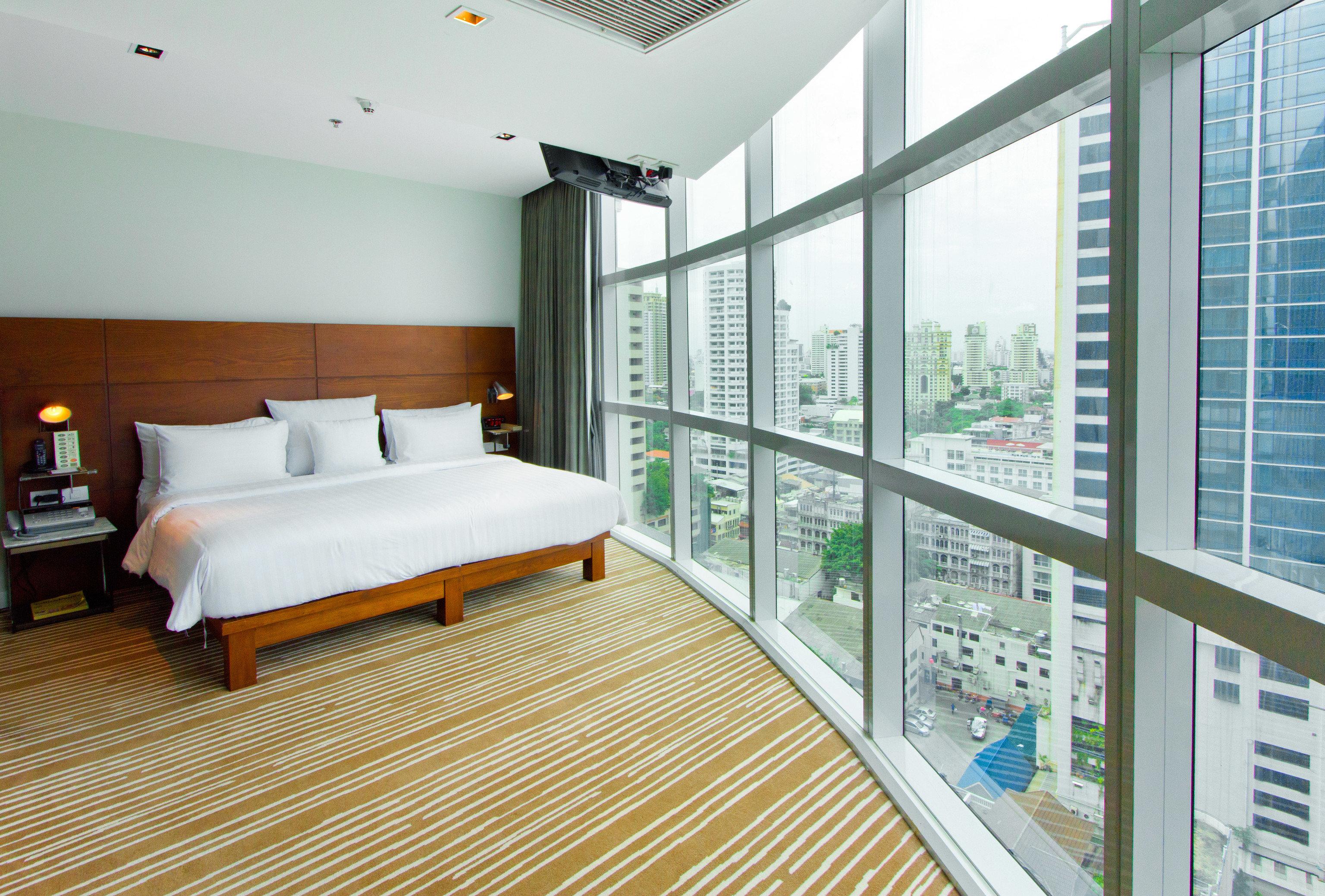 property condominium home daylighting Bedroom