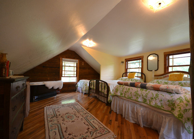 property home cottage hardwood farmhouse living room Bedroom hard