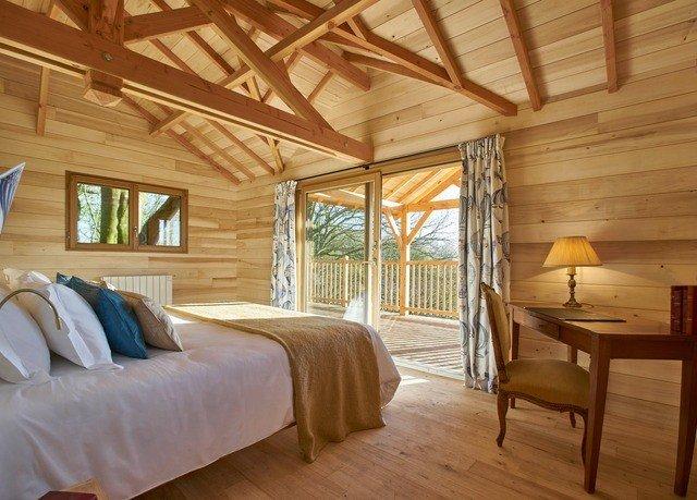 property cottage hardwood farmhouse home Bedroom log cabin