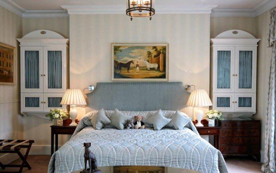 property living room home Bedroom hardwood cottage white farmhouse mansion