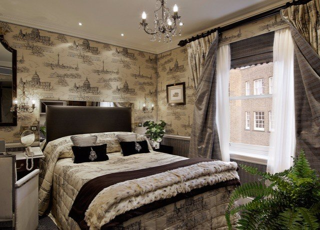 sofa property home living room mansion Bedroom cottage farmhouse stone