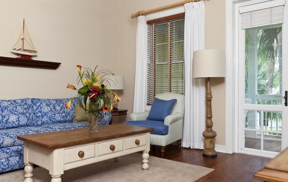 living room property home hardwood cottage Bedroom flat
