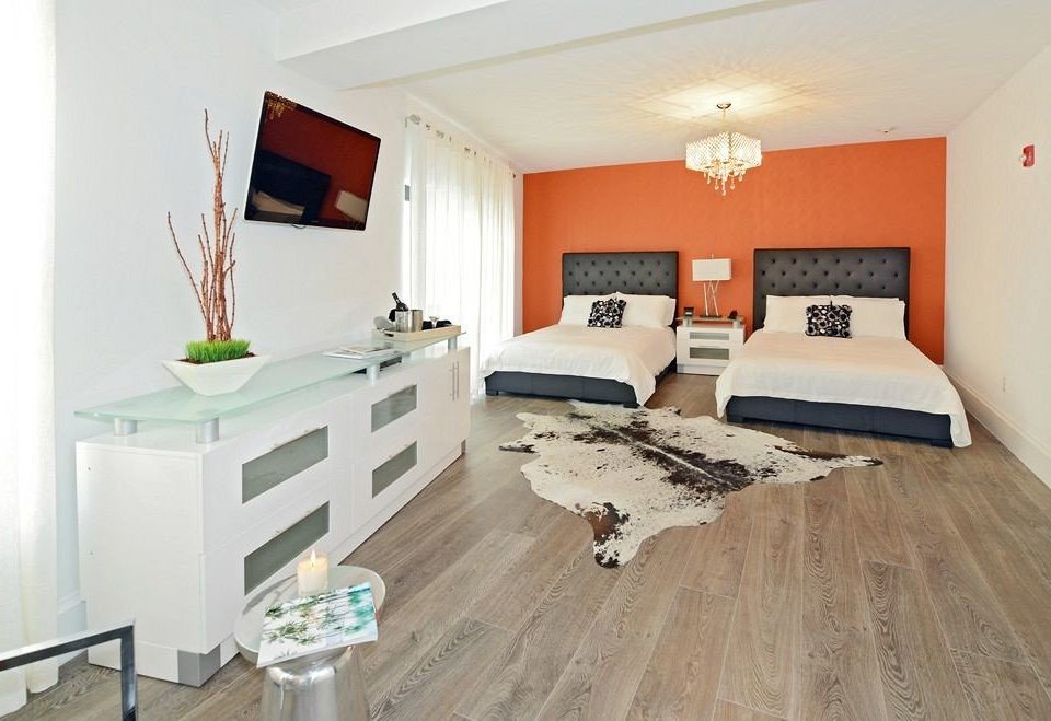 property hardwood home cottage Bedroom living room flooring wood flooring laminate flooring