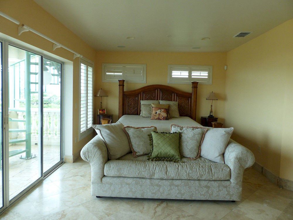 property living room home hardwood Bedroom cottage tan
