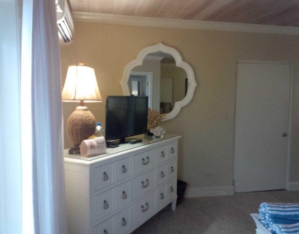 property home cottage Bedroom living room