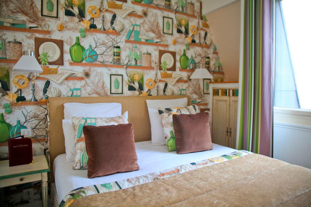 property Bedroom home living room cottage textile nursery