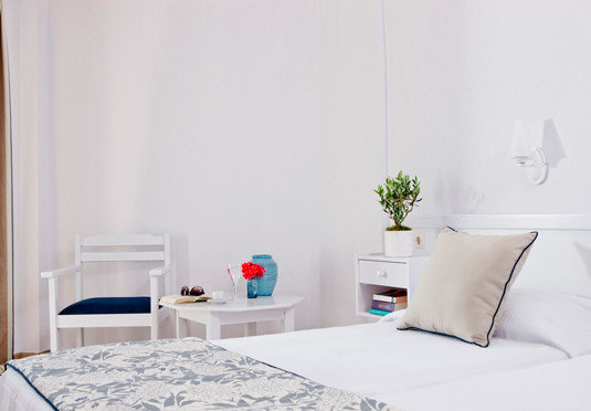property white Bedroom home cottage living room