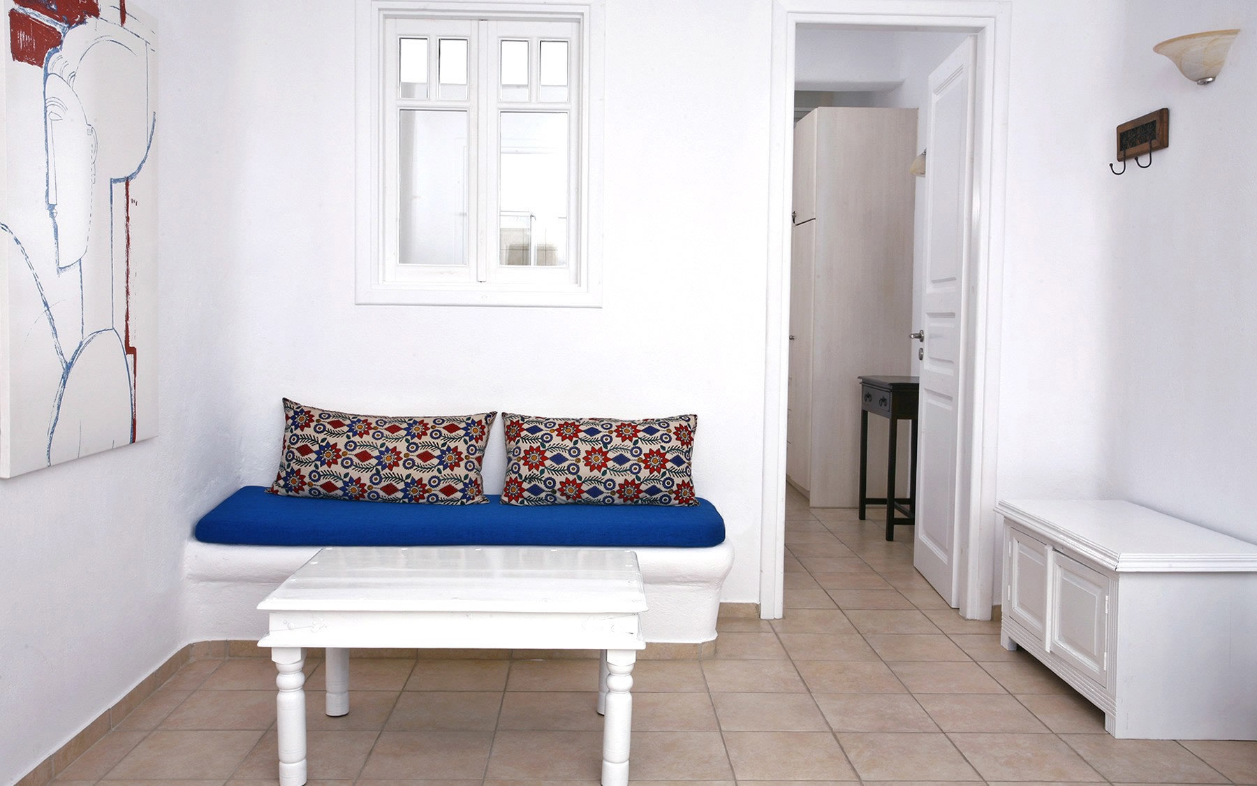 property home cottage white Bedroom living room tiled