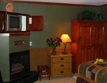 property cottage Bedroom living room
