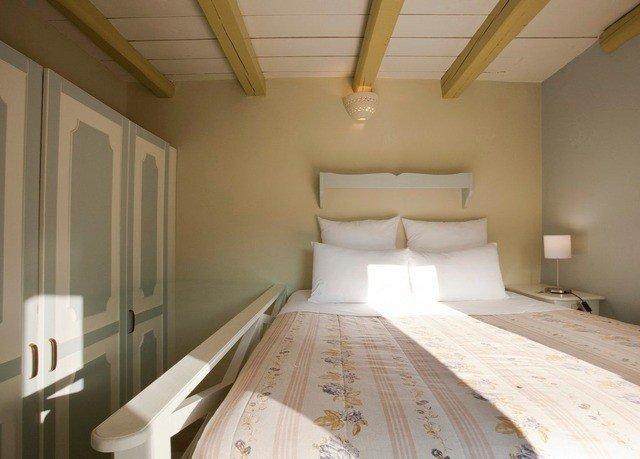 property cottage Bedroom