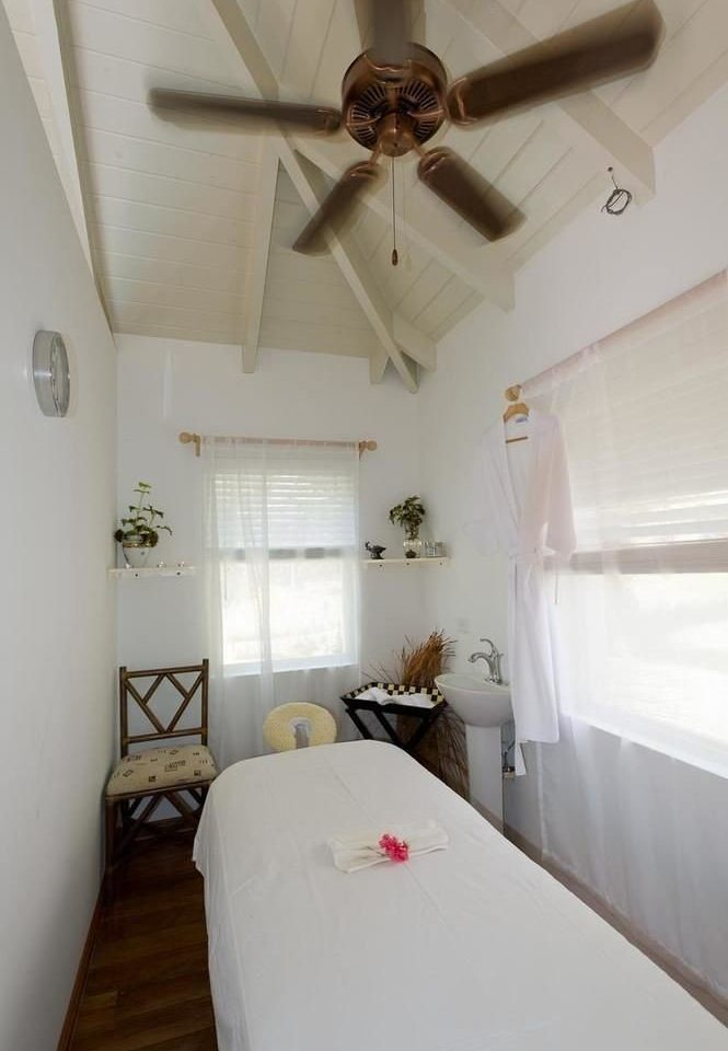 property cottage white Bedroom