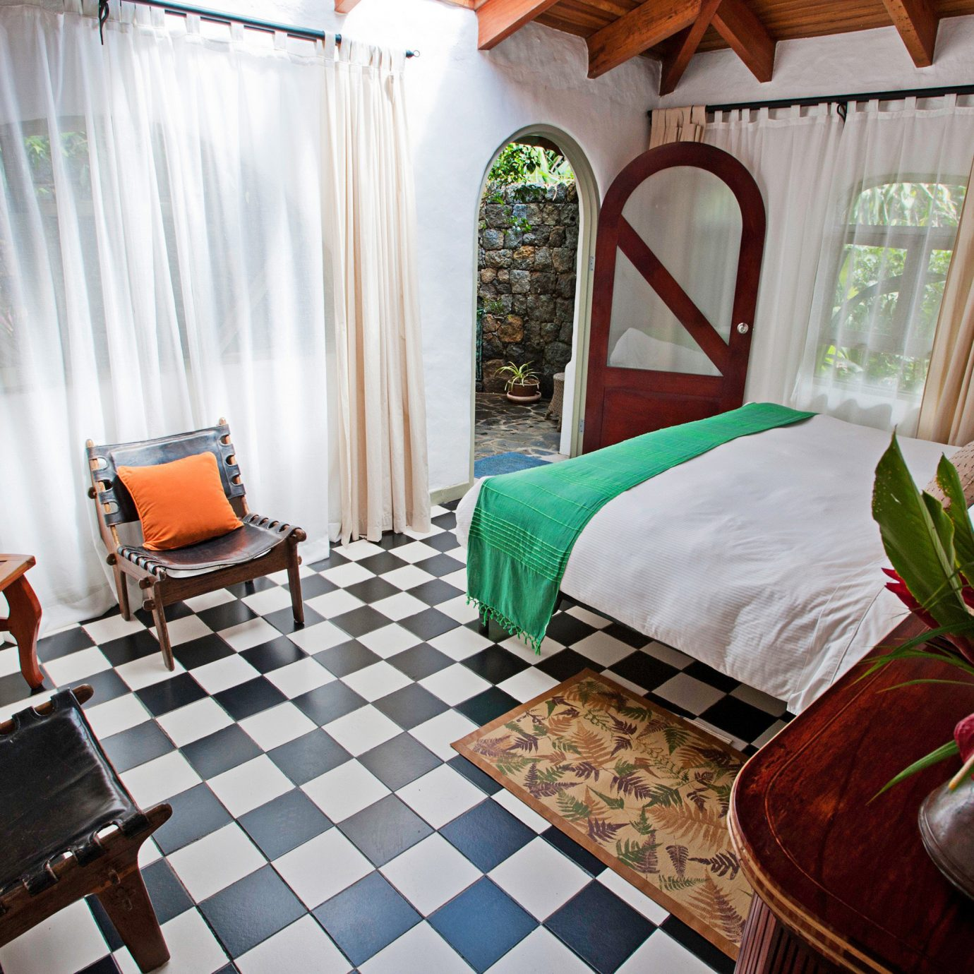 Bedroom Country Jungle Rustic property home cottage Resort Villa Suite living room Dining plant