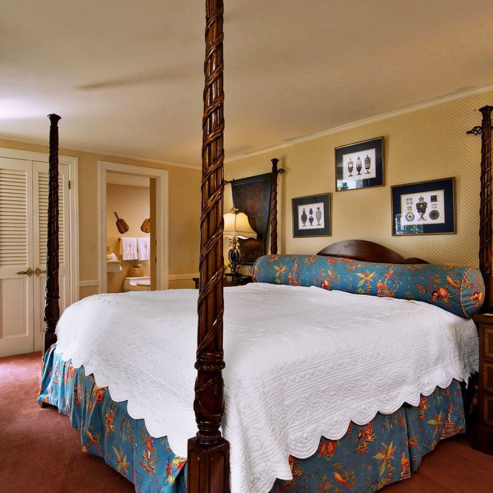 Bedroom Country Elegant Inn bed sheet home cottage textile bed frame lamp