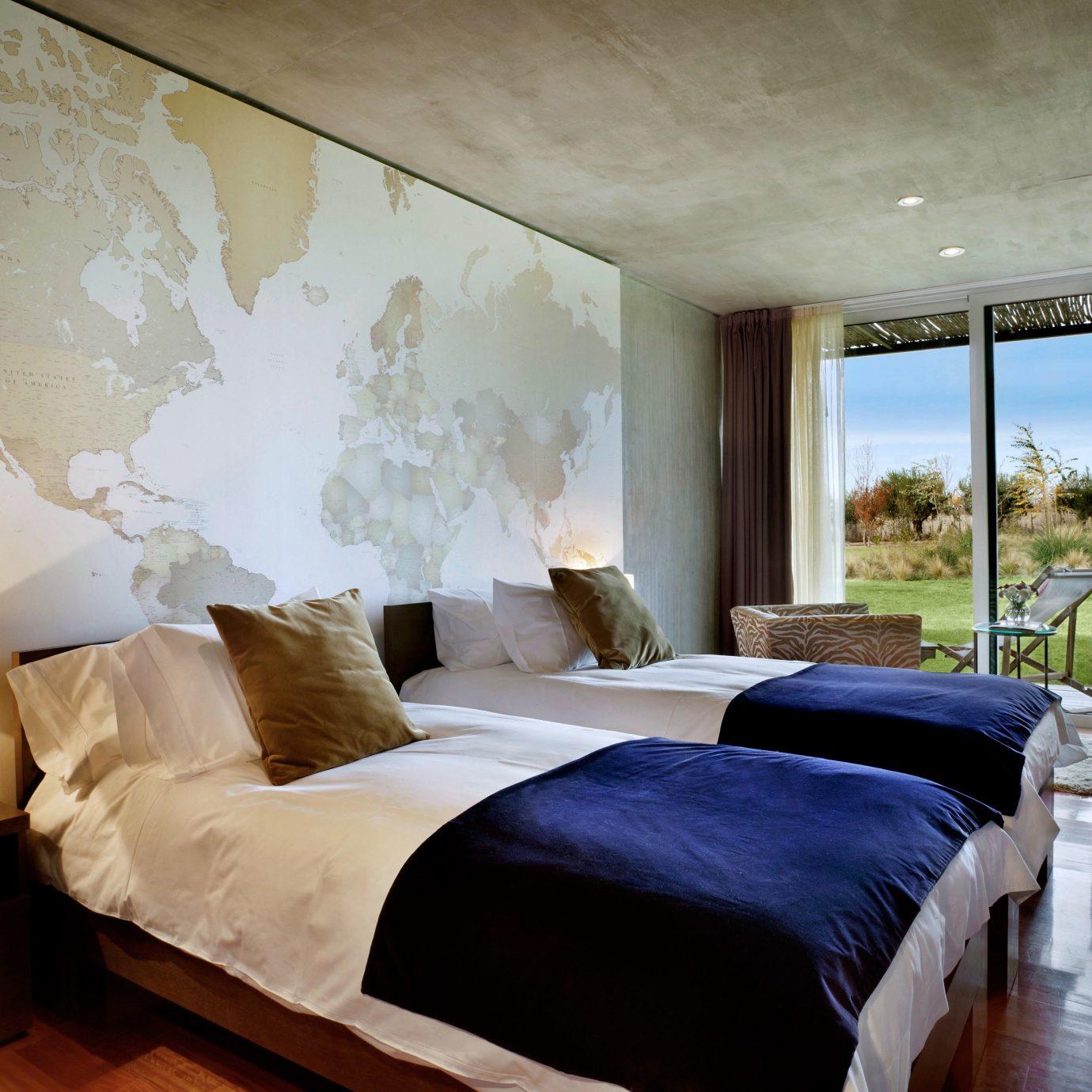 Bedroom Country Elegant Patio Resort Romantic Terrace Vineyard Wine-Tasting property Suite cottage living room
