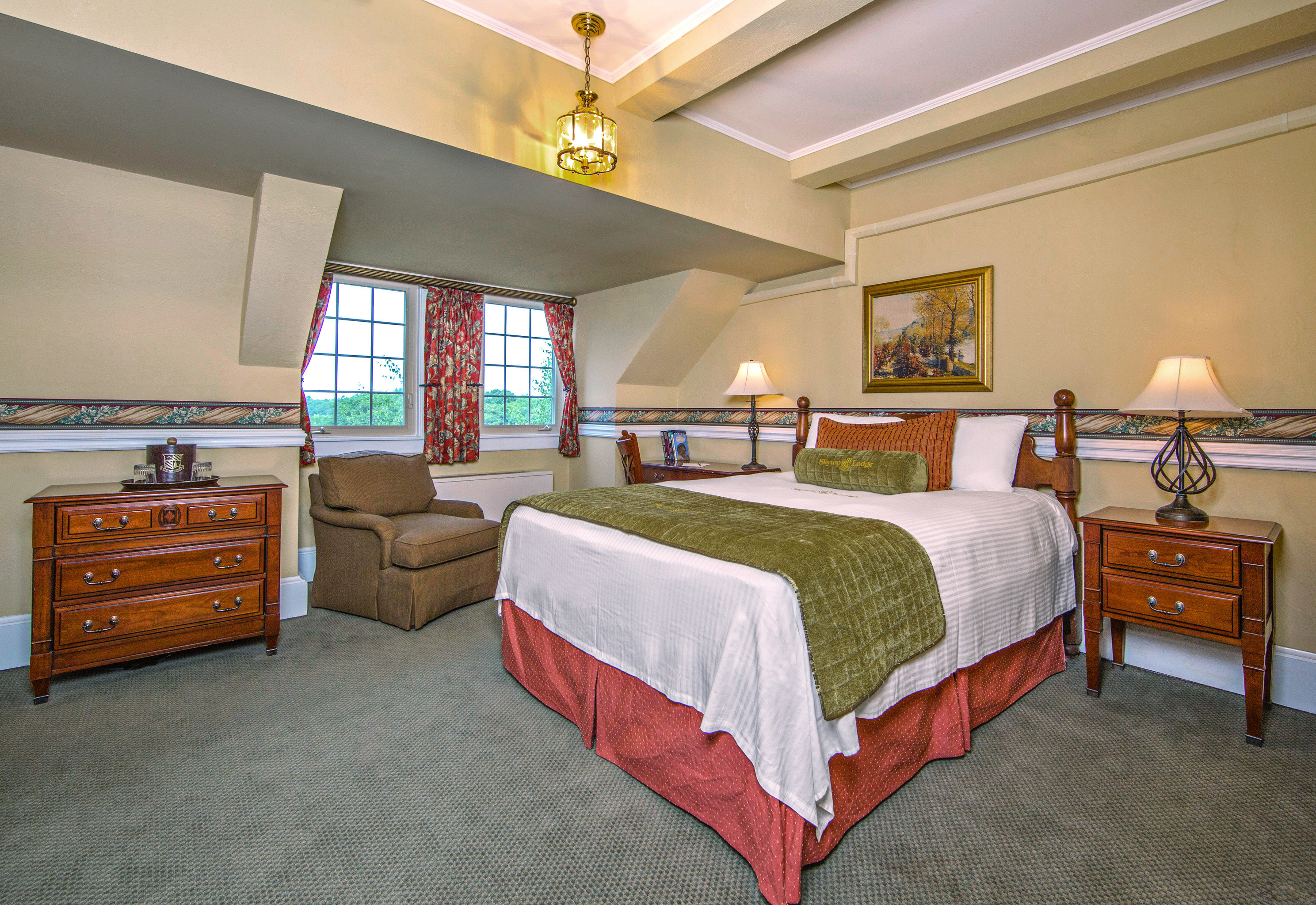 Bedroom Country Historic Lodge property cottage Suite home recreation room Villa