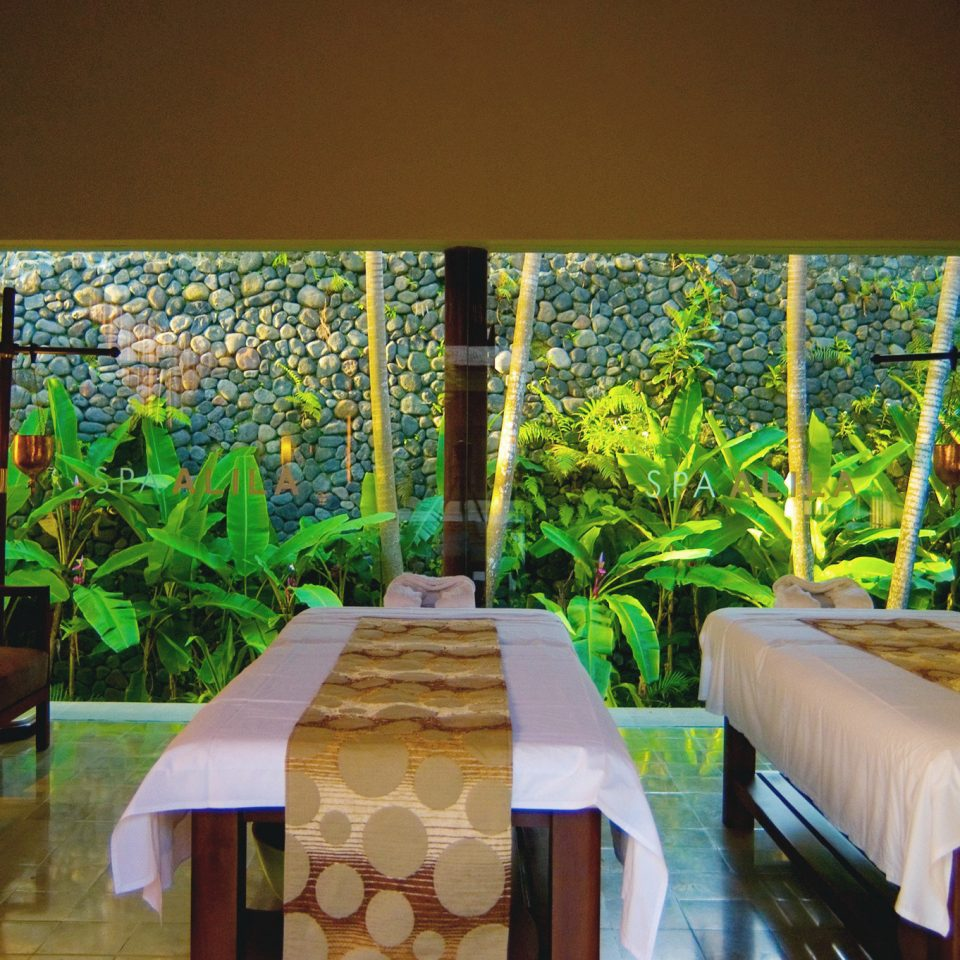 Country Jungle Scenic views Spa Wellness restaurant Resort Lobby Bedroom