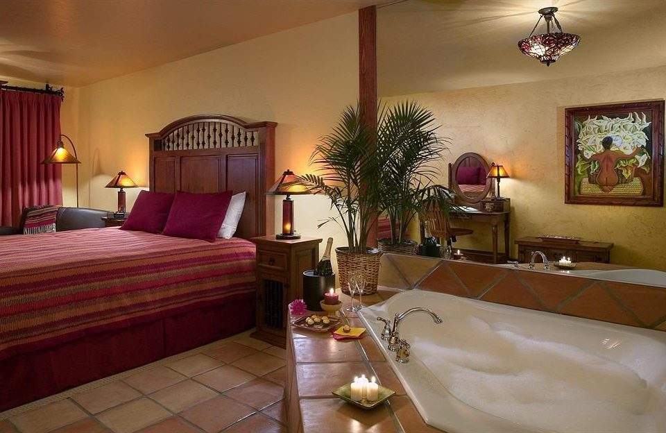 Bedroom Country Lounge Luxury Suite property Resort Villa cottage living room mansion