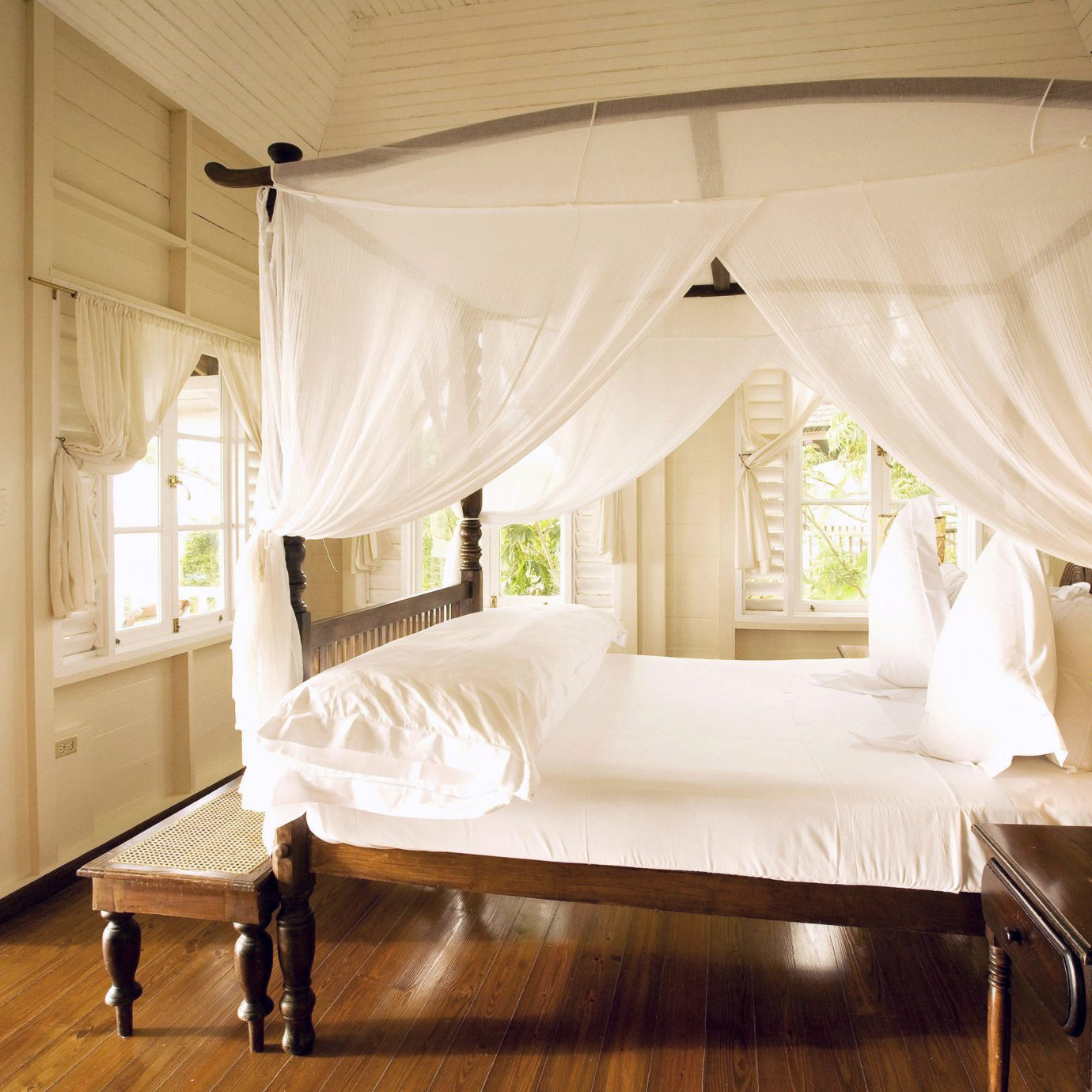 Bedroom Country Romance Romantic Tropical property four poster home curtain living room