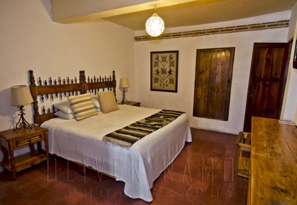 Bedroom Country Rustic Suite Tropical property hardwood Villa cottage living room mansion
