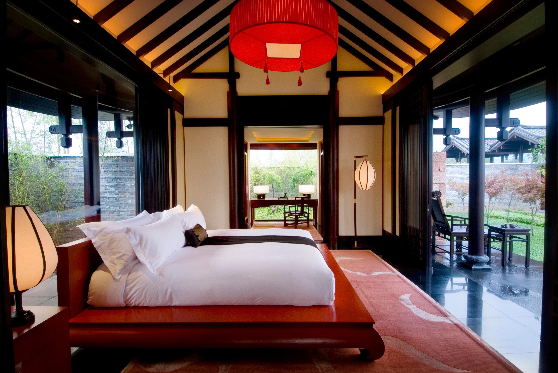 Bedroom Cultural Luxury Modern Suite property Resort red home living room Villa condominium