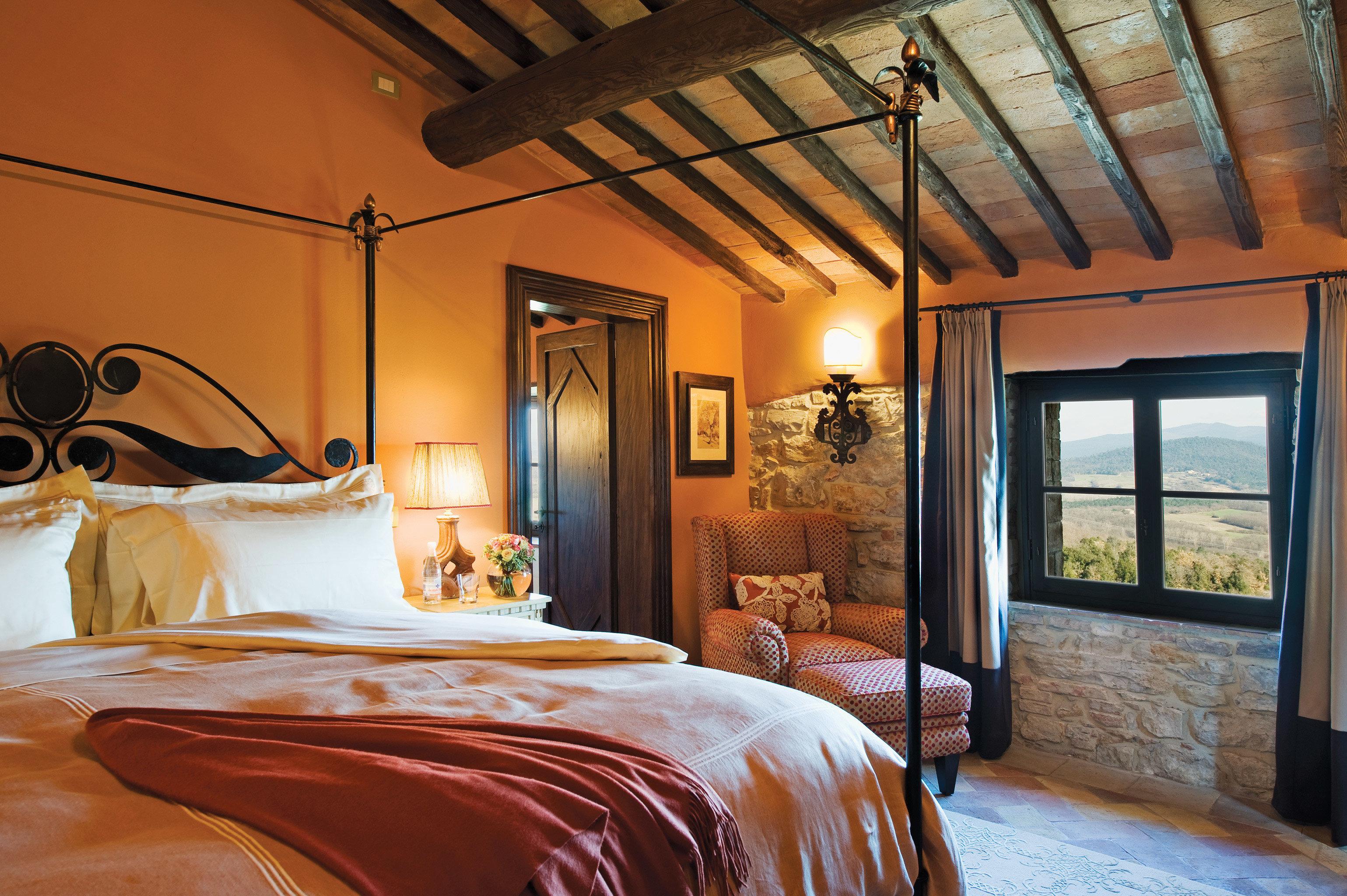 Bedroom Cultural Romance Rustic property home cottage farmhouse Suite Villa living room mansion orange