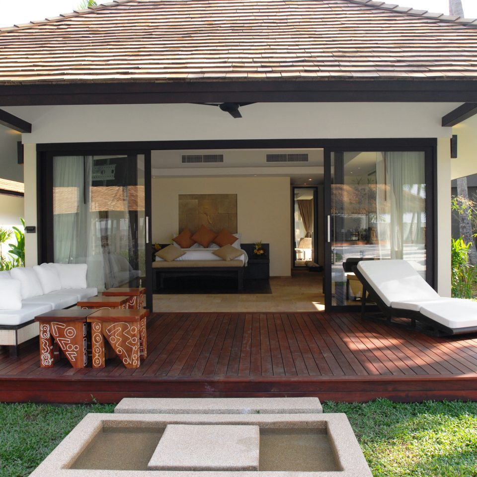 Bedroom Deck Modern Resort Suite grass building property porch outdoor structure home Villa cottage backyard pergola Patio orangery gazebo living room