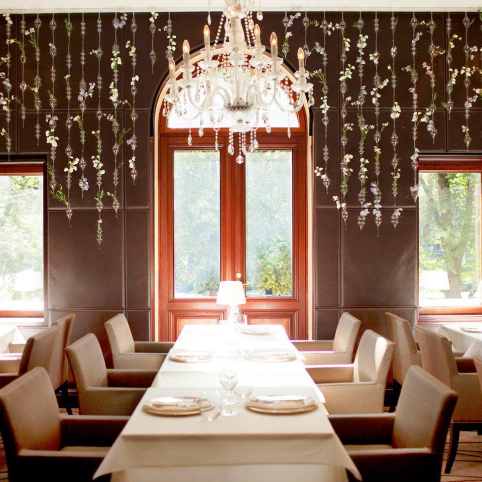 Dining Drink Eat Elegant Modern restaurant function hall home living room Bedroom