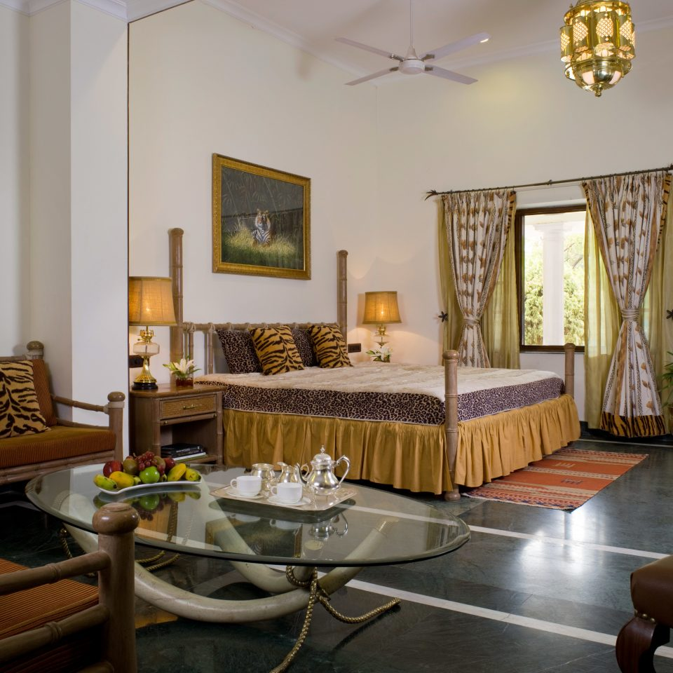Bedroom Lodge Luxury property living room home condominium Villa cottage Suite mansion Dining