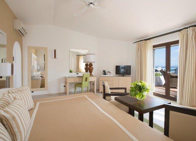 property living room home condominium hardwood Dining Villa Bedroom Suite cottage