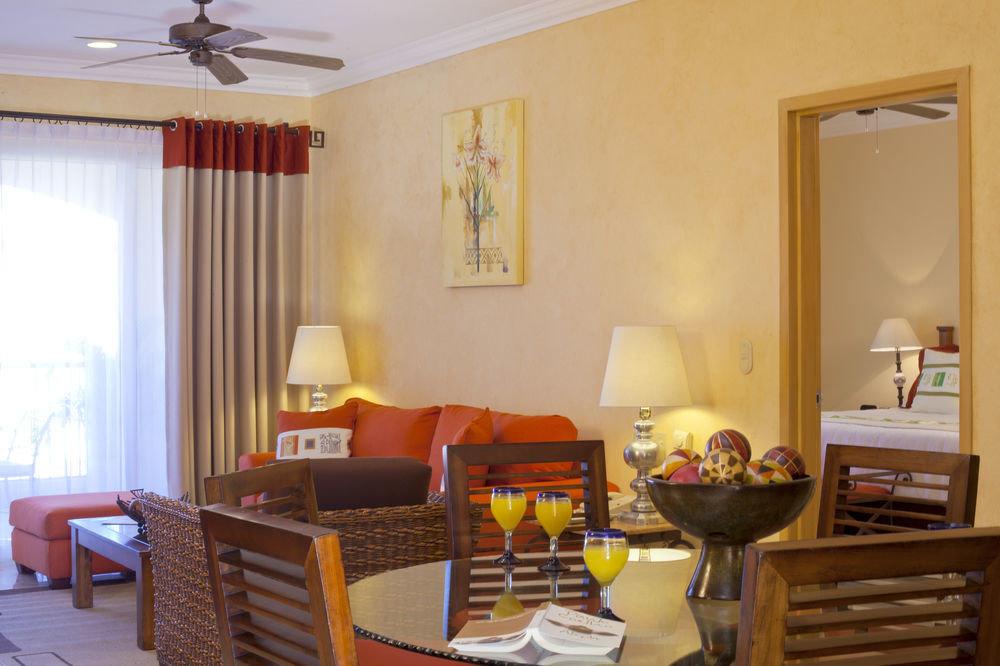 property living room home cottage Suite Bedroom condominium Dining Villa