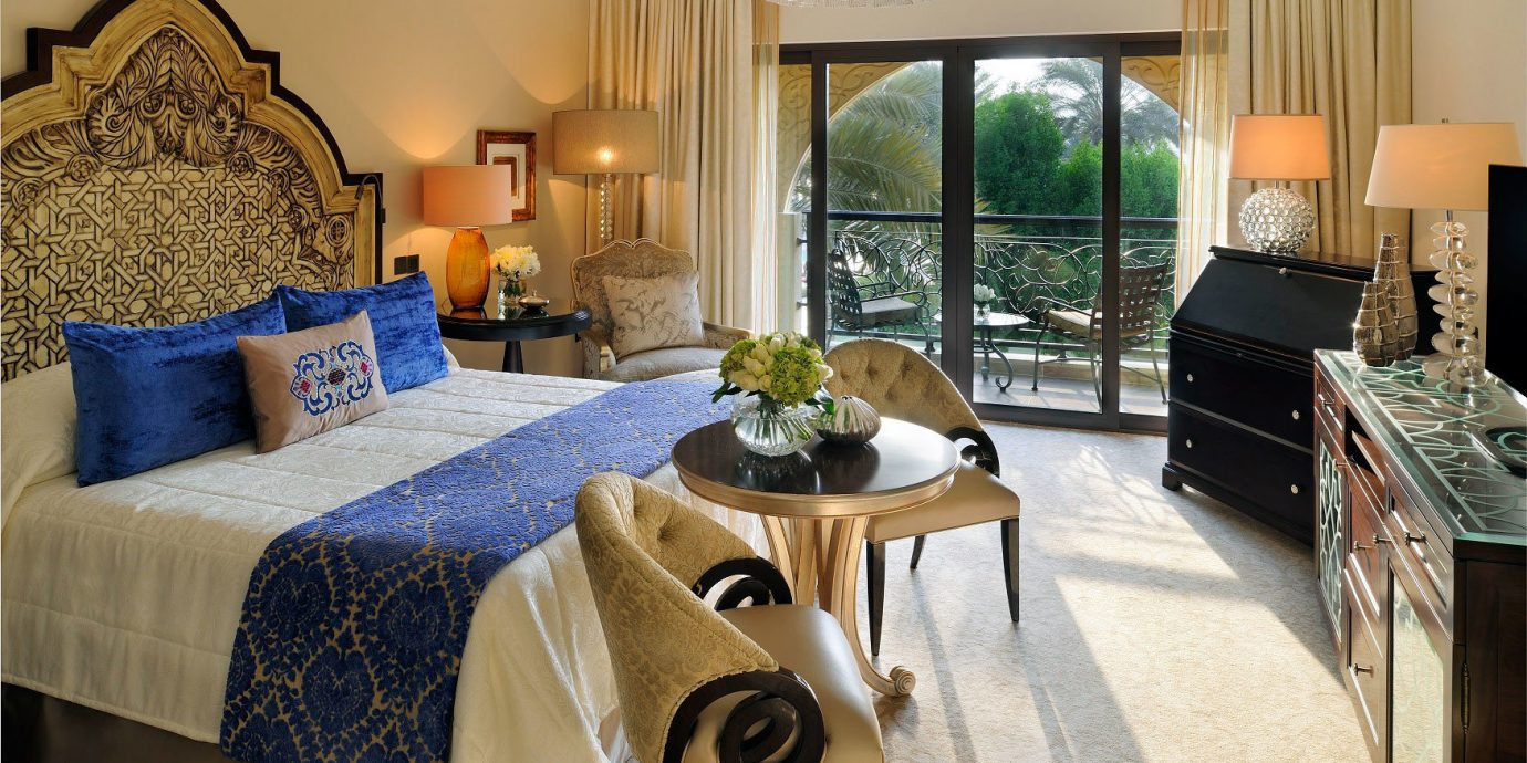 Bedroom Dubai Elegant Hotels Luxury Luxury Travel Middle East Modern Resort Scenic views property home Suite living room cottage Villa