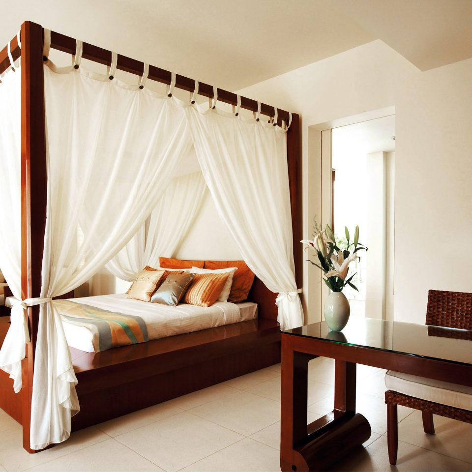 Bedroom Eco Elegant Jungle Nature Scenic views Sea Tropical Villa Waterfront property Suite cottage