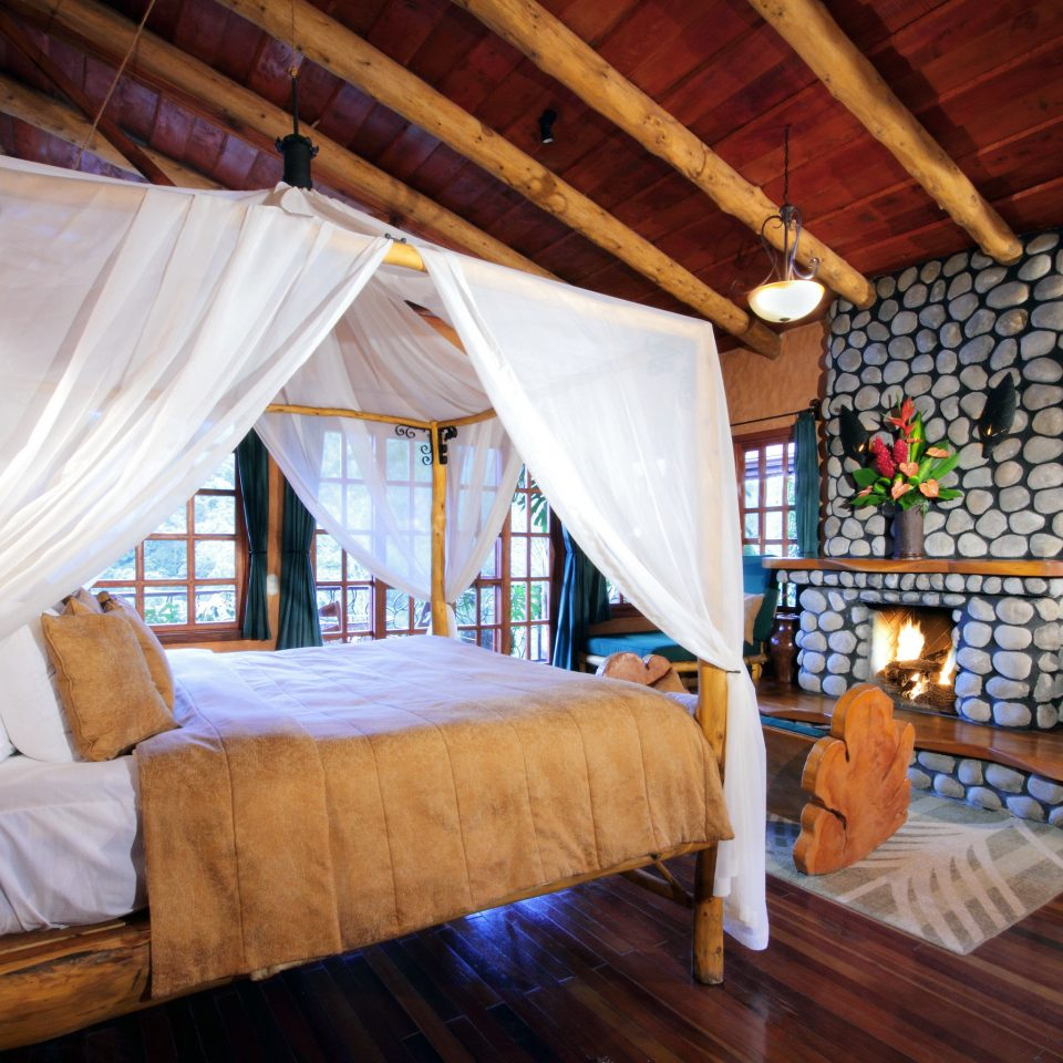 Bedroom Eco Fireplace Jungle Rustic property Resort cottage Villa