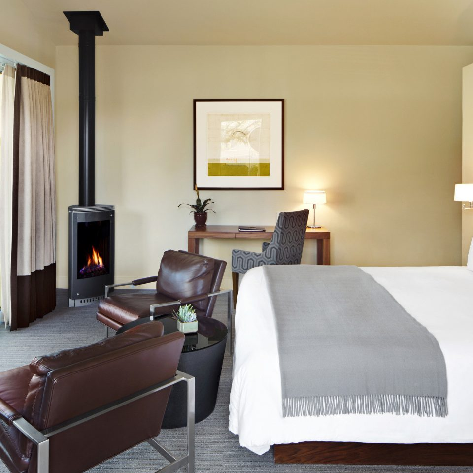 Bedroom Eco Fireplace Luxury Modern Resort Romance Wellness property Suite cottage Villa condominium