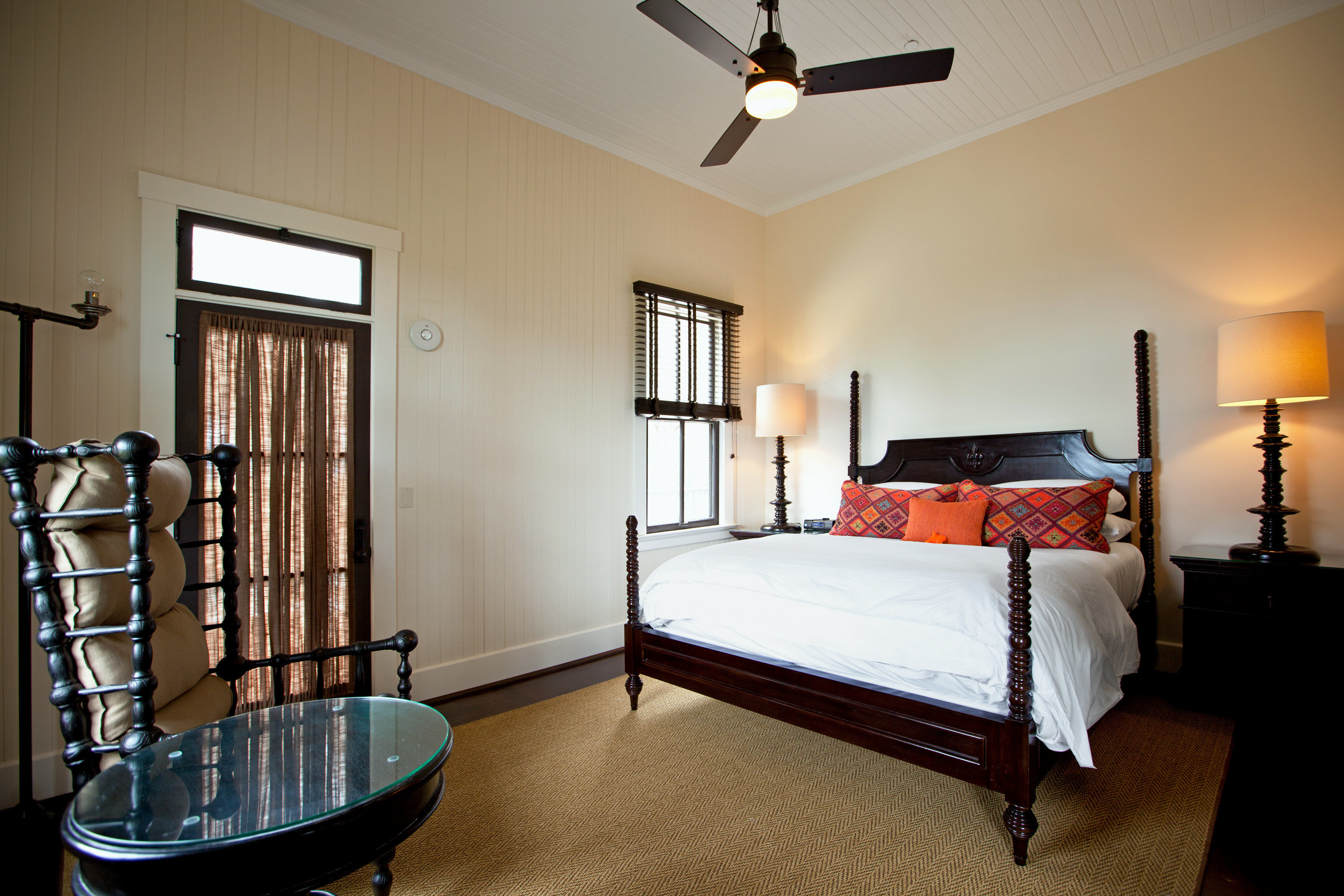 Bedroom Eco Hotels Modern Romance Suite Trip Ideas property home cottage living room lamp