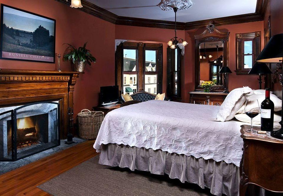 Bedroom Elegant Lounge Luxury Suite property home mansion Fireplace living room cottage flat