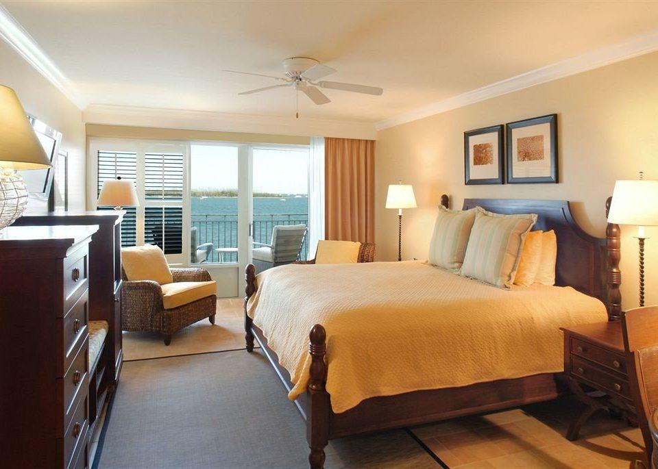 Bedroom Elegant Florida Hotels Luxury Suite sofa property cottage living room condominium