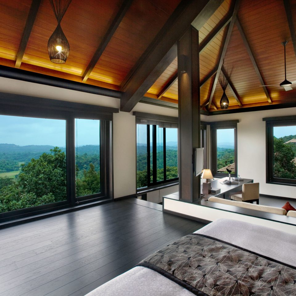 Bedroom Elegant Forest Hotels Lounge Luxury Scenic views property house living room home condominium Villa Resort mansion cottage Suite