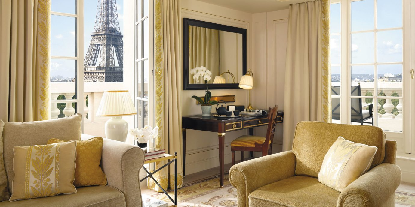 Bedroom Elegant Hip Historic Luxury Romantic Scenic Views Suite Sofa Living  Room Property Home Hardwood Condominium