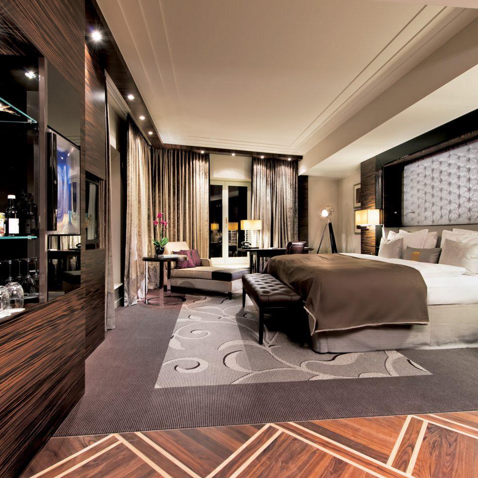 Bedroom Elegant Hip Luxury Modern Suite property living room condominium home hardwood Lobby wood flooring flooring mansion loft