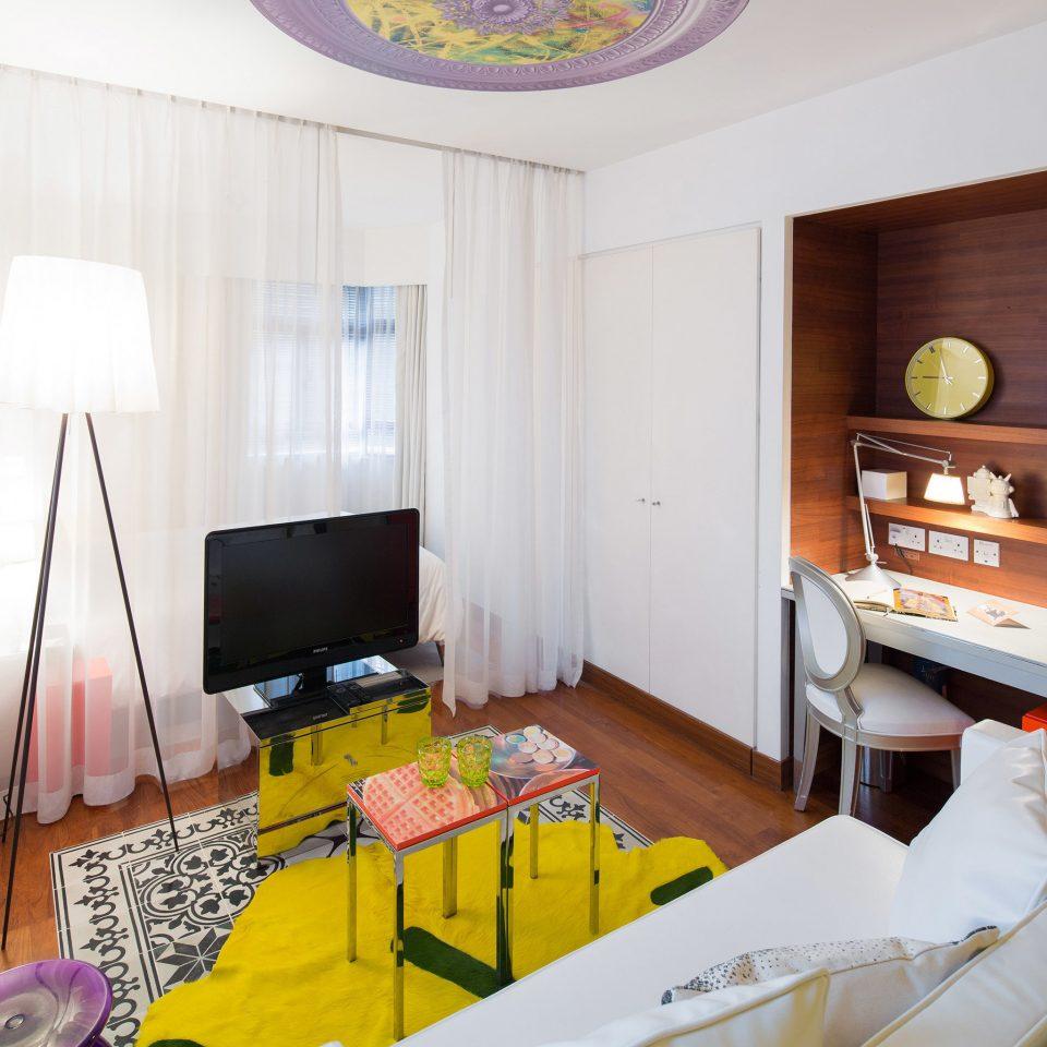 Elegant Hip Lounge Luxury Modern property home cottage Suite Bedroom