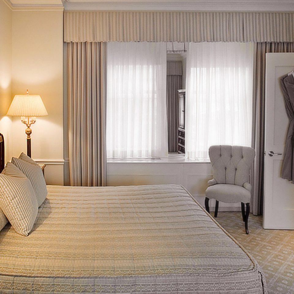 Bedroom Elegant Hip Lounge Luxury Modern Suite property