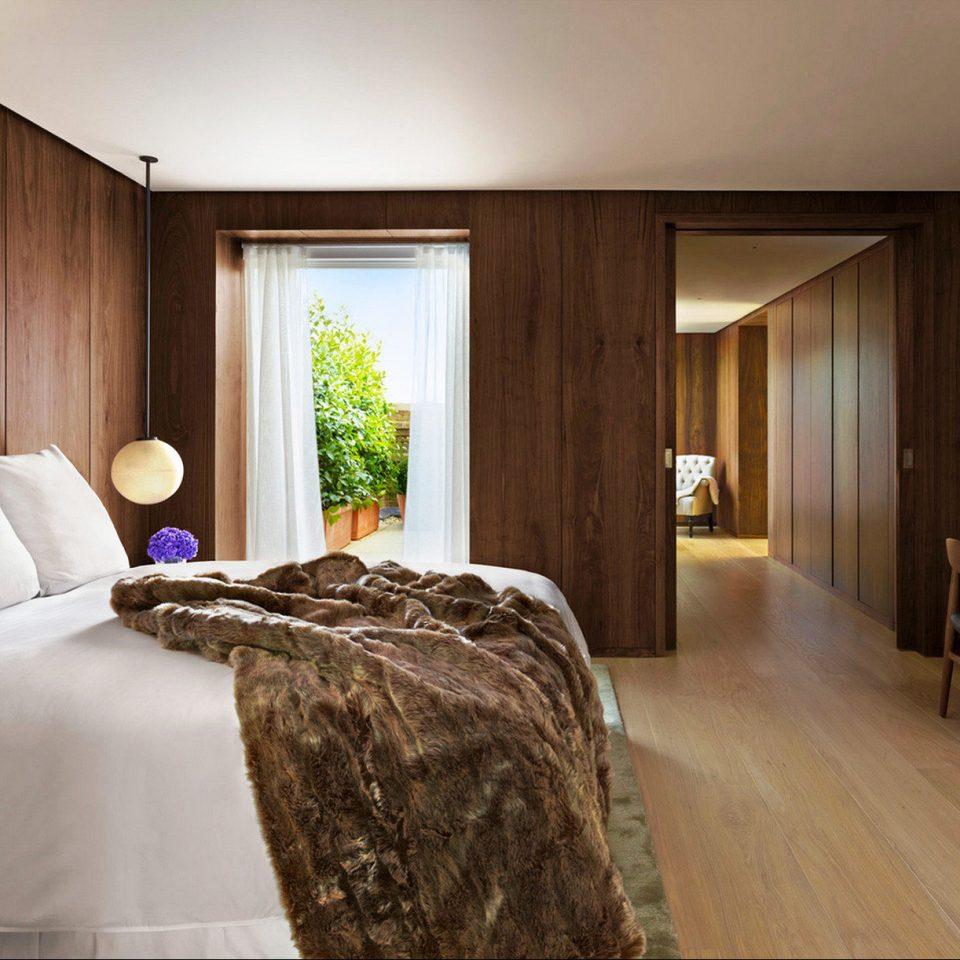 Bedroom Elegant Hip Luxury Modern Suite sofa property house home hardwood cottage pillow flat