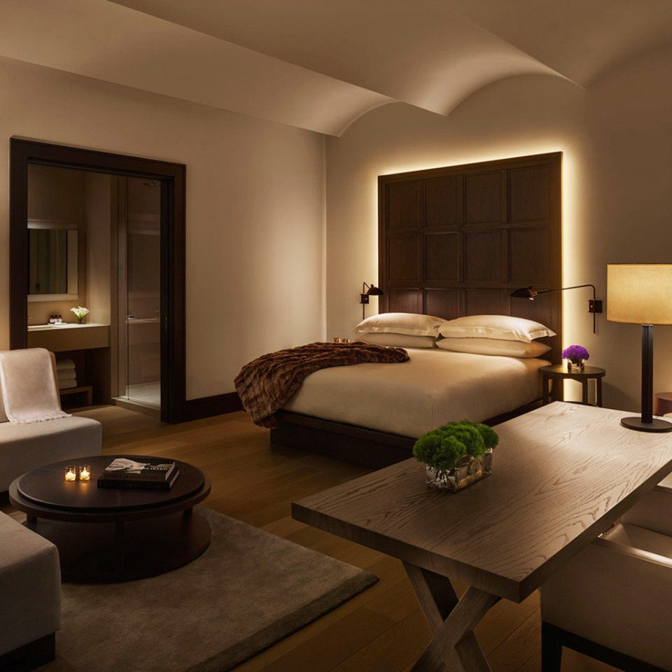 Bedroom Elegant Hip Luxury Modern Suite property living room condominium lamp