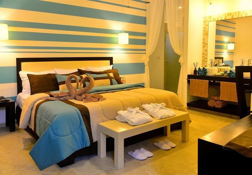 Bedroom Elegant Hip Luxury Modern Romantic Suite property living room condominium