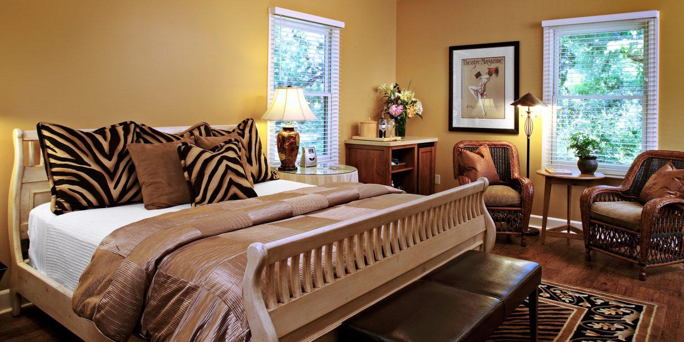 Bedroom Elegant Hip Luxury Modern Suite sofa property living room home hardwood cottage